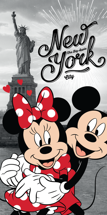 Mickey and Minnie in New York beach towel image 1