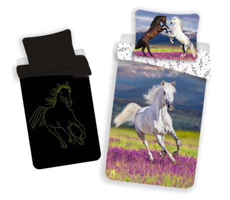 Kůň se svítícím efektem obrázek 1